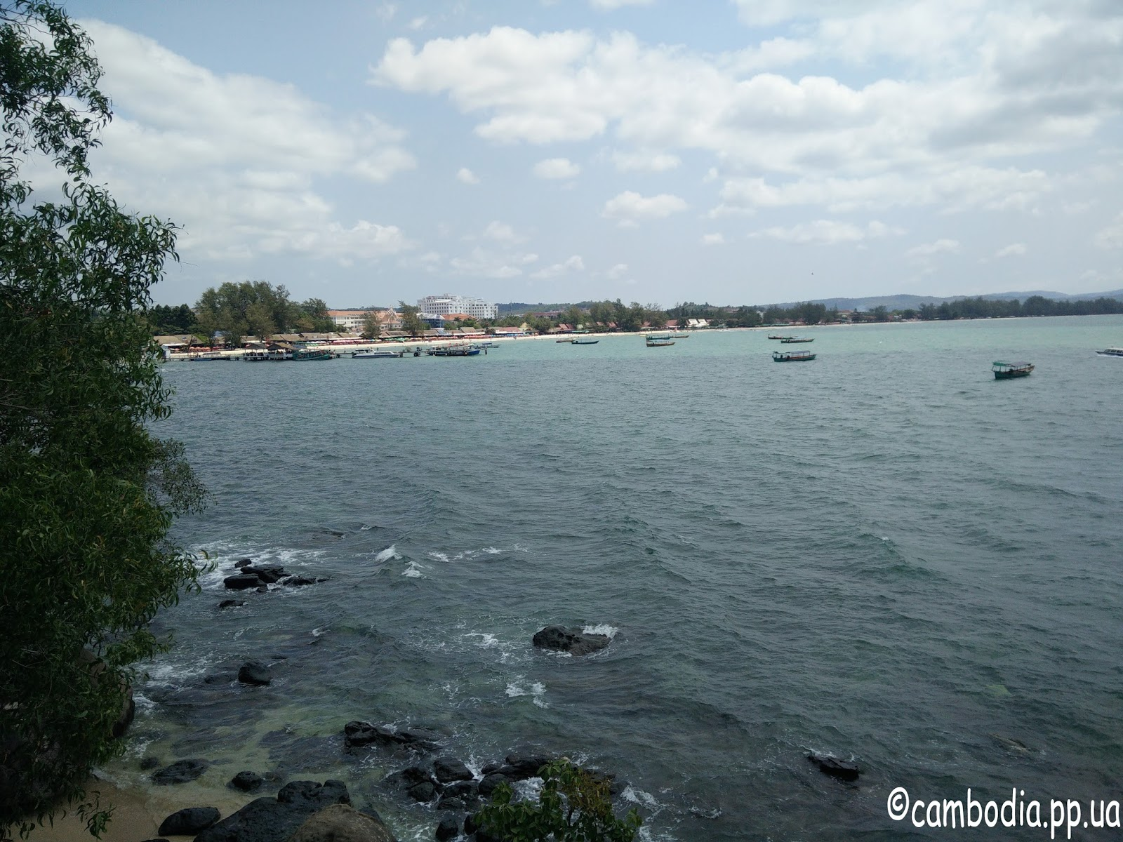 Рыбацкие лодки в Камбодже