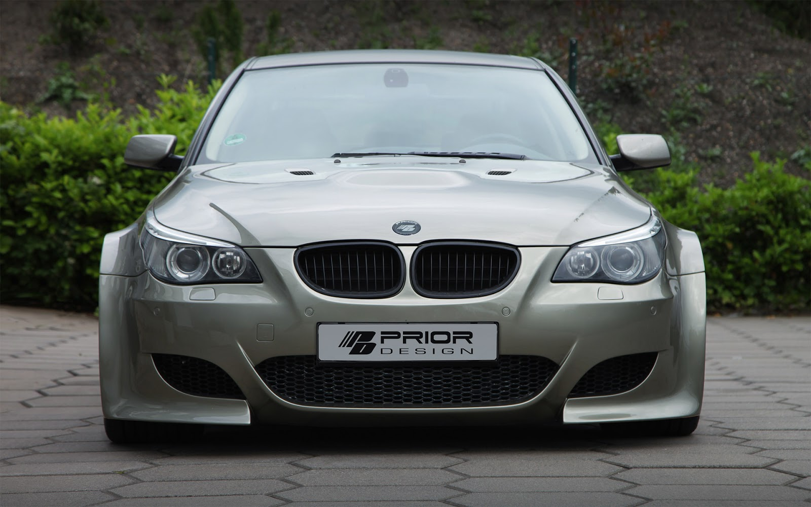 autoniusy: BMW M5 e60 Widebody by Prior Design
