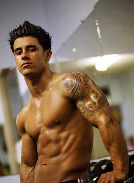 hot tattoos design biceps