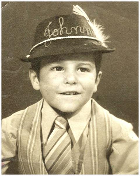 Джонни Тапиа в детстве