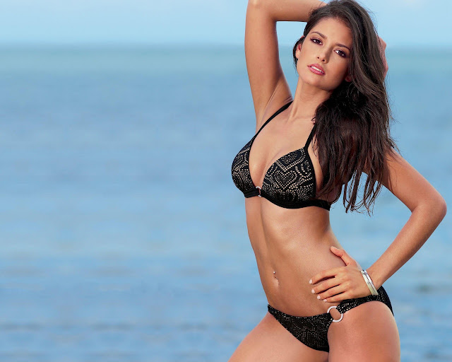 Sexy Carla Ossa Wallpapers