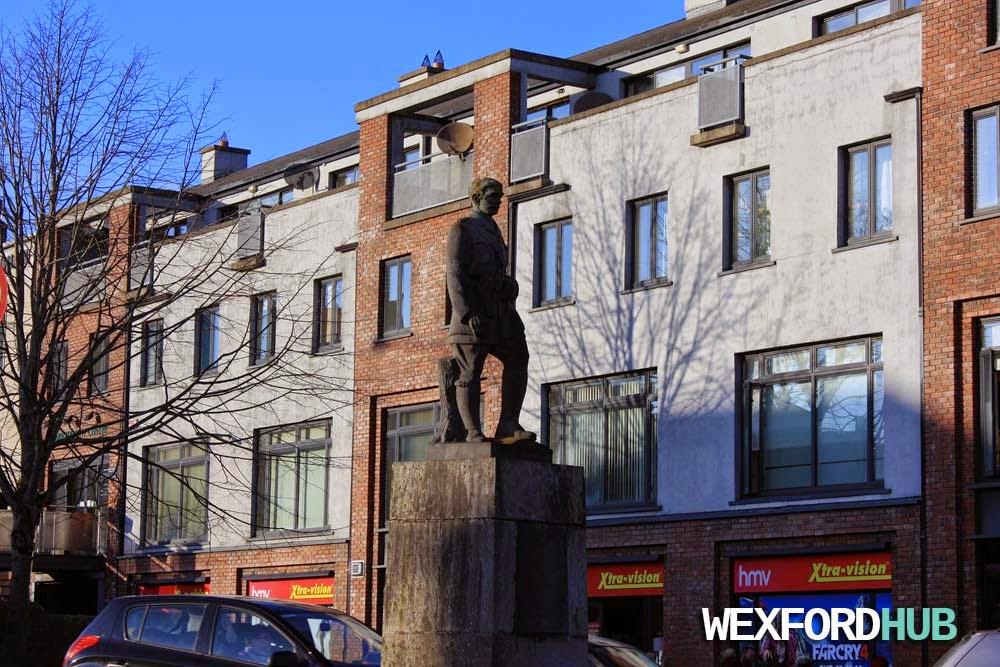 Seamus Rafter Statue
