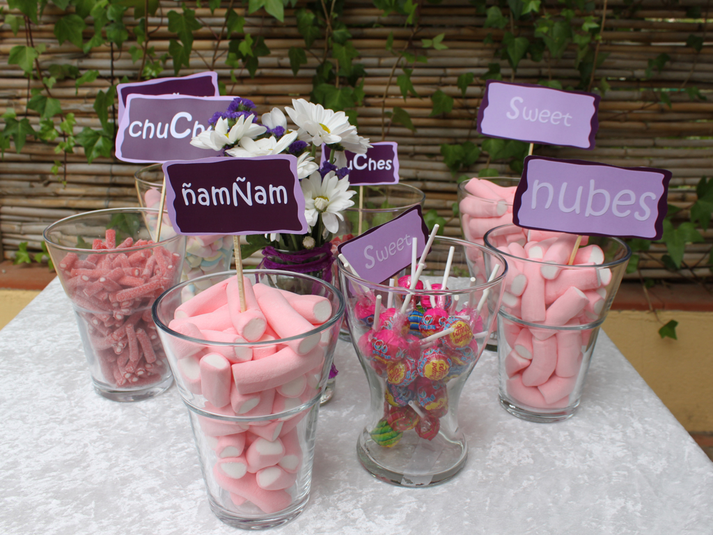 Buffet de chucher as para bodas y fiestas tu boda de ensue o - Decoracion con chuches para comuniones ...