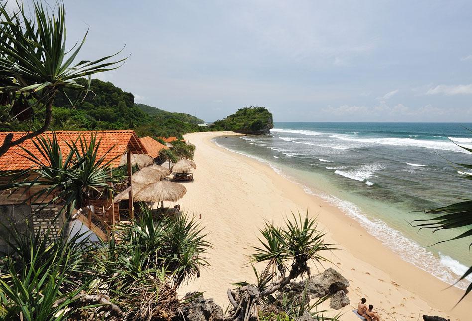 Artikel Terkait Wisata Pantai Indrayanti :