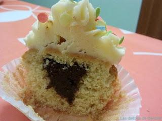 Corte de cupcake relleno