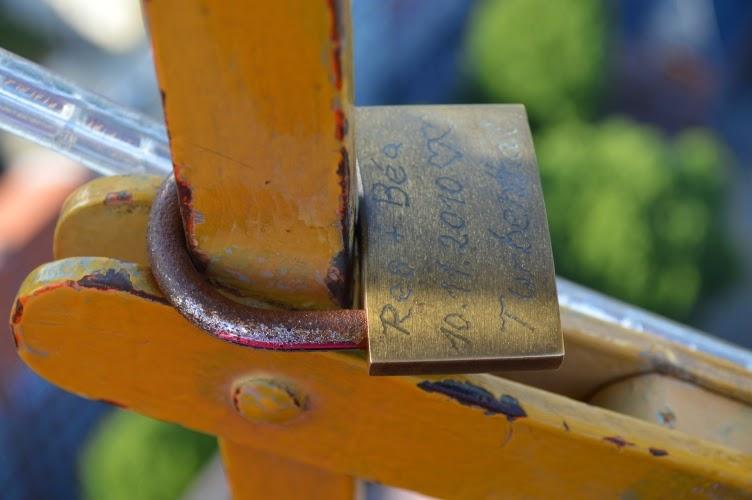 lock of love, copenhagen, kodaň, denmark, dánsko, tradition, custom