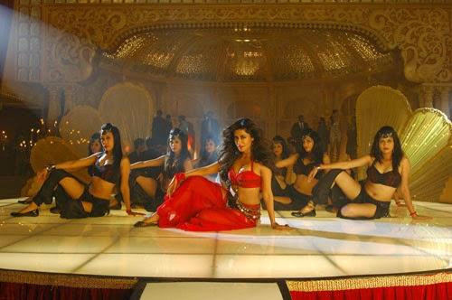 Chitrangada Special Item Song Stills in Anjaan Movie Stills