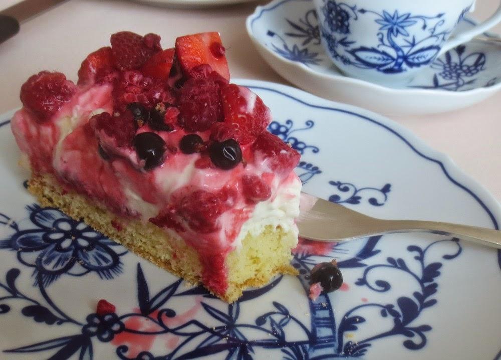 Beeren-Schmand-Torte