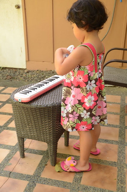 Kecil and her pianika