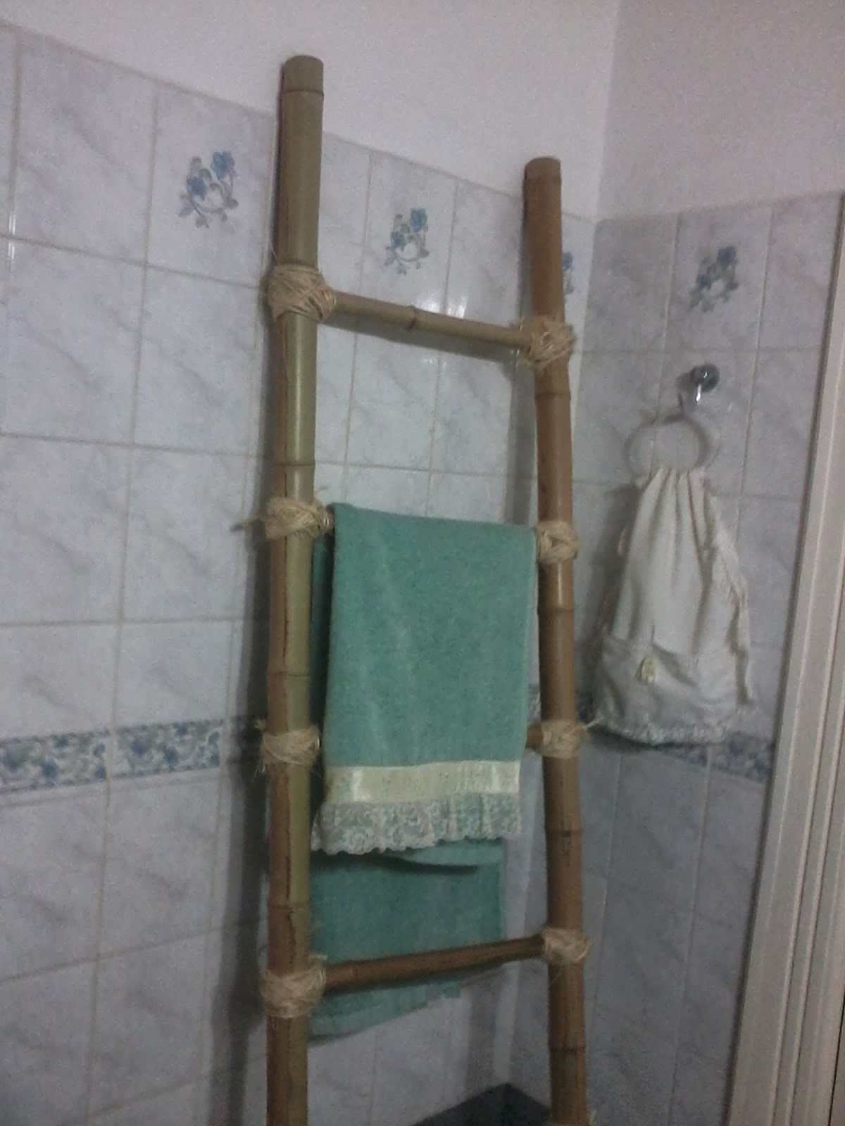 escaleras de bamb para colgar las toallas para todo tipo de baos y toilettes