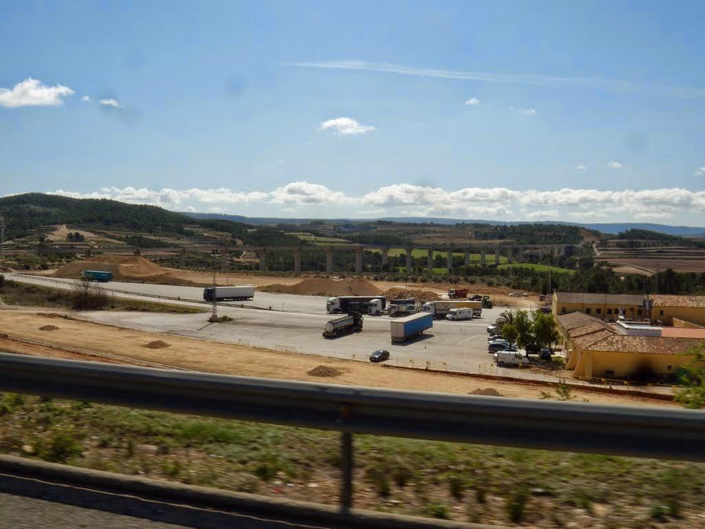 http://www.panoramio.com/photo/52017648