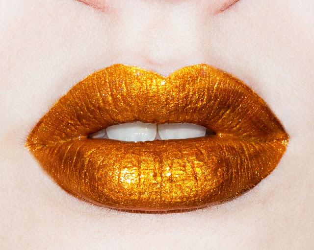 Limecrime, Limecrime make up, Limecrime lipgloss, gold lipgloss, Limecrime Golden Ticket lipgloss swatch, edgy make up, superhero make, cool make up looks