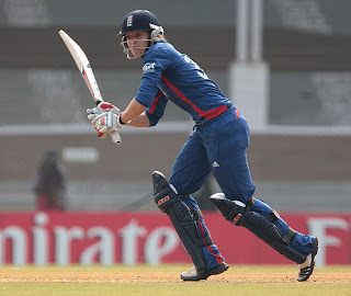Sarah-Taylor-returning-from-injury-scored-35-India-v-England-Women's-World-Cup-2013-Group-A-Mumbai-February-3-2013