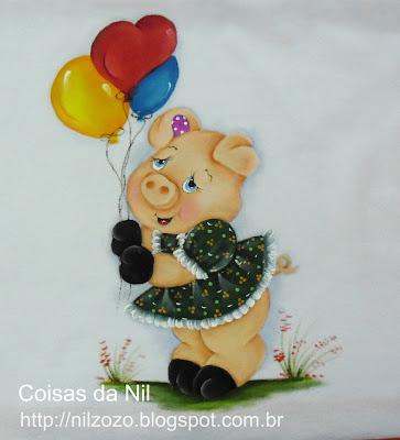 porquinha de vestidinho e com balões pintura em tecido