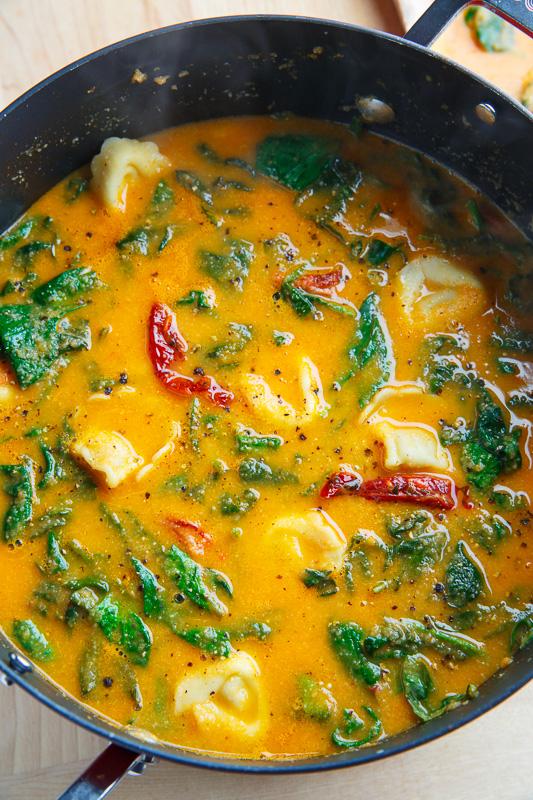 Creamy Parmesan Sundried Tomato and Spinach Tortellini Cauliflower Soup