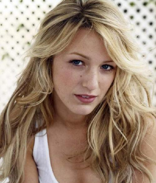 Blake Lively in new Hair Look