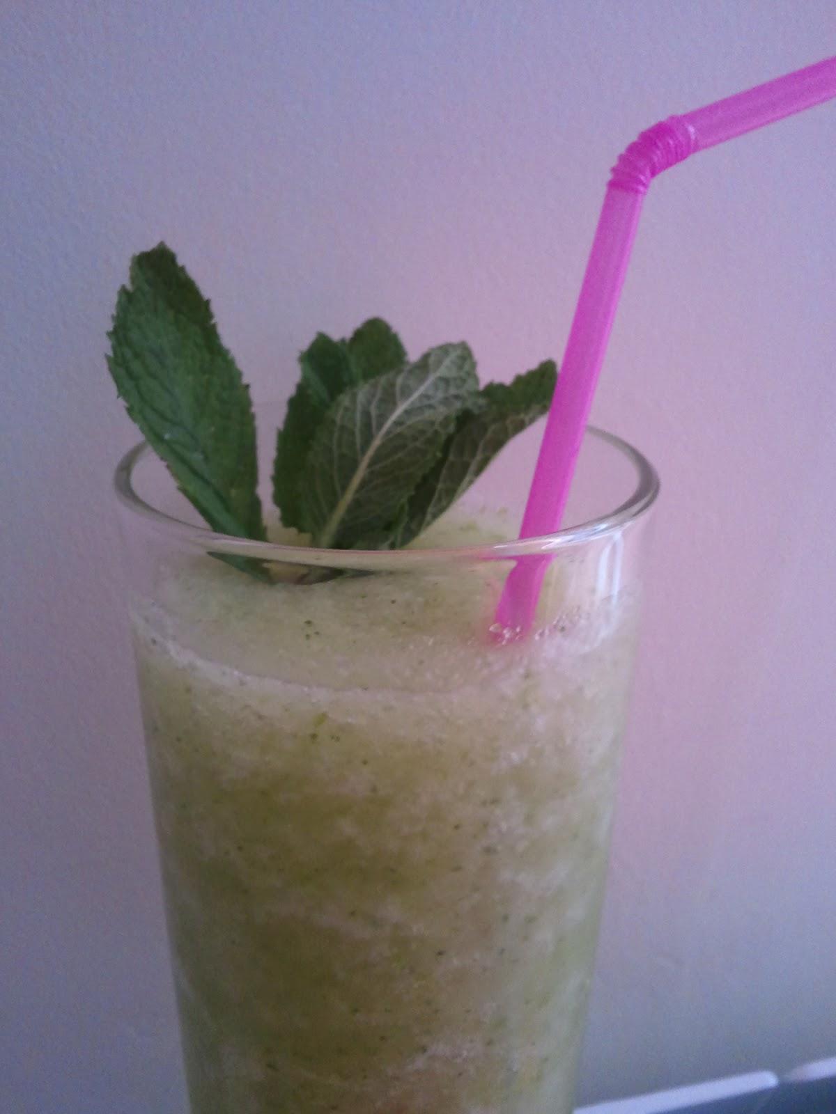 Juanvaroma receta de sorbete de manzana verde con menta - Sorbete de manzana verde ...