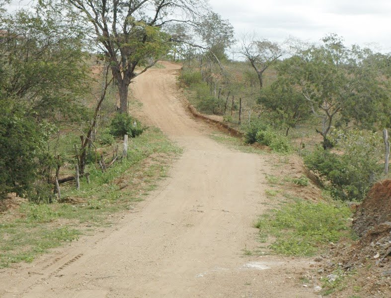 População da Zona Rural comemora instalação de passagem molhada em Ouro Velho