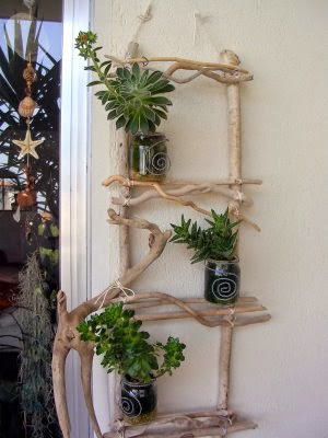 Porta Maceteros con Madera Reciclada, Maceteros con Frascos de Vidrio Reciclados, Jardines Verticales