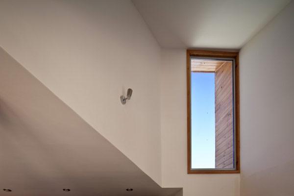 Hogares frescos arquitectura japonesa residencia familiar for Casa moderna ud