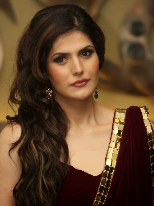 Fashion designer archana kochhar collection