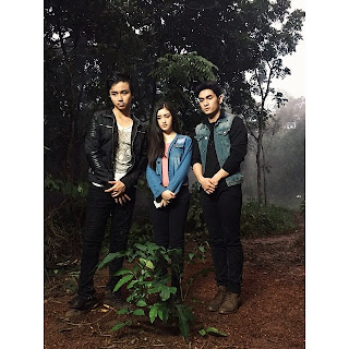 Foto Ranty Maria Ratna dengan Leon Dozan Arsya dan Ichal Rifai