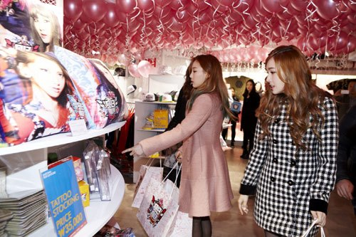 Foto Terbaru SNSD di Lotte Pop Up Store 03