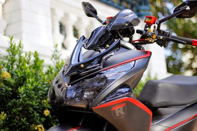 Air Blade 2011 độ đồ chơi hàng hiệu
