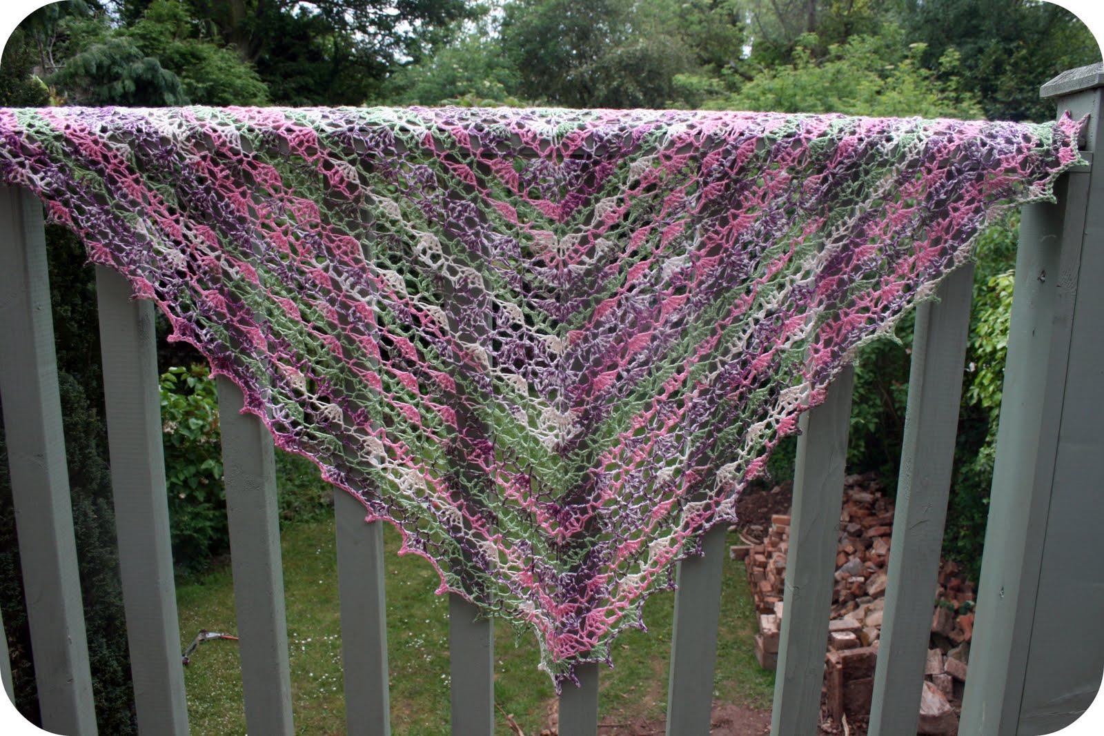 Crochet Pattern For Summer Shawl : Coffee n crochet: Summer Shawl / Scarf