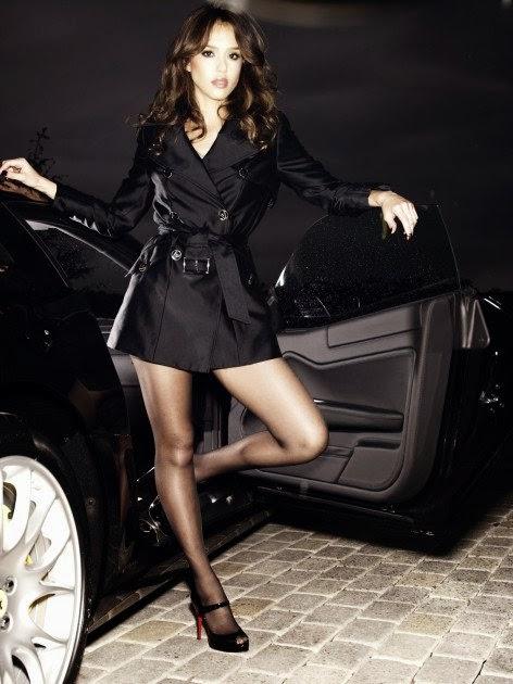 Jessica alba in pantyhose