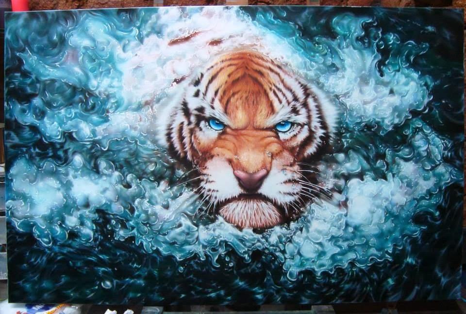 Artist Dennis Aragão