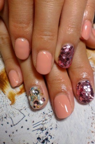 Glam-Chic-Fall-2012-Nail-Art-Designs-10