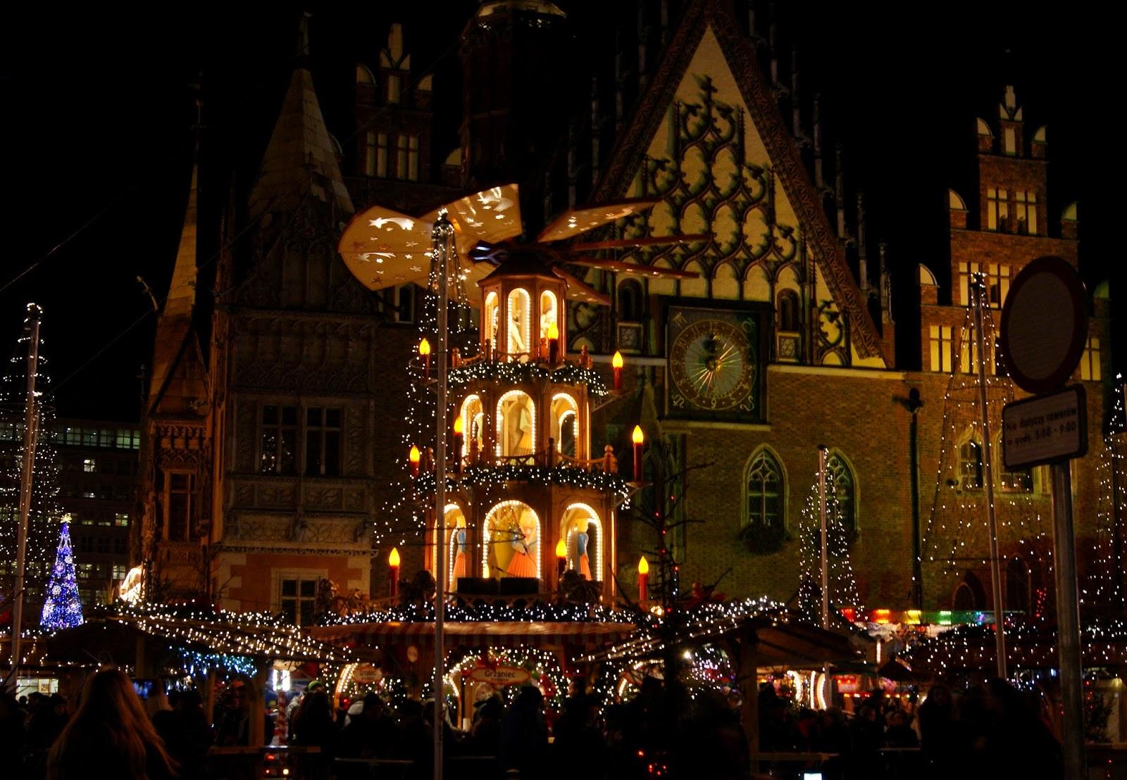 Rynek, Jarmark Bożonarodzeniowy Wrocław noc