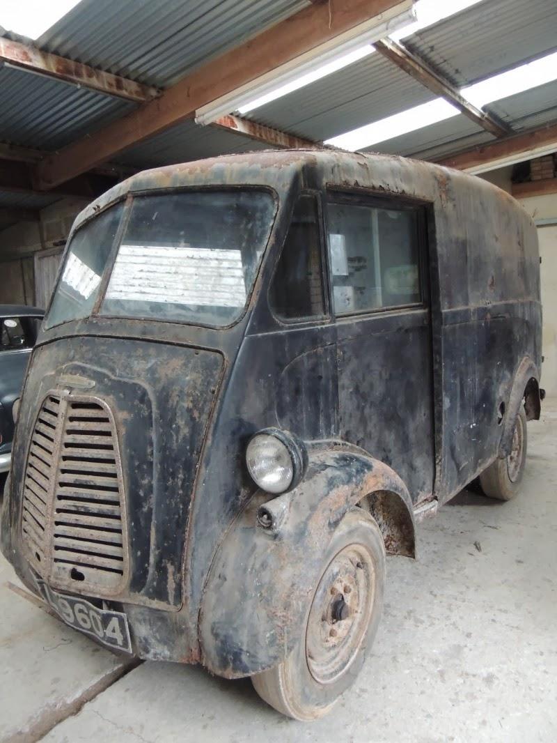 Morris J Type Vans-=- : June 1952 J type van for sale.
