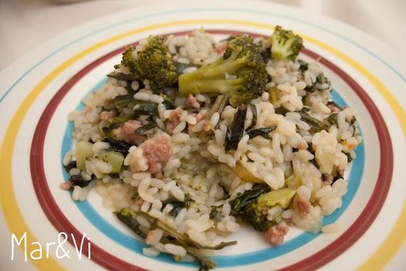 Receta de risotto de espinacas, broccoli y salchicha