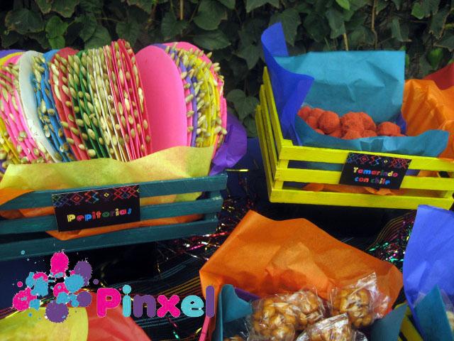 Pinxel decoraci n souvenirs mesa de dulces mexicanos for Decoracion kermes mexicana