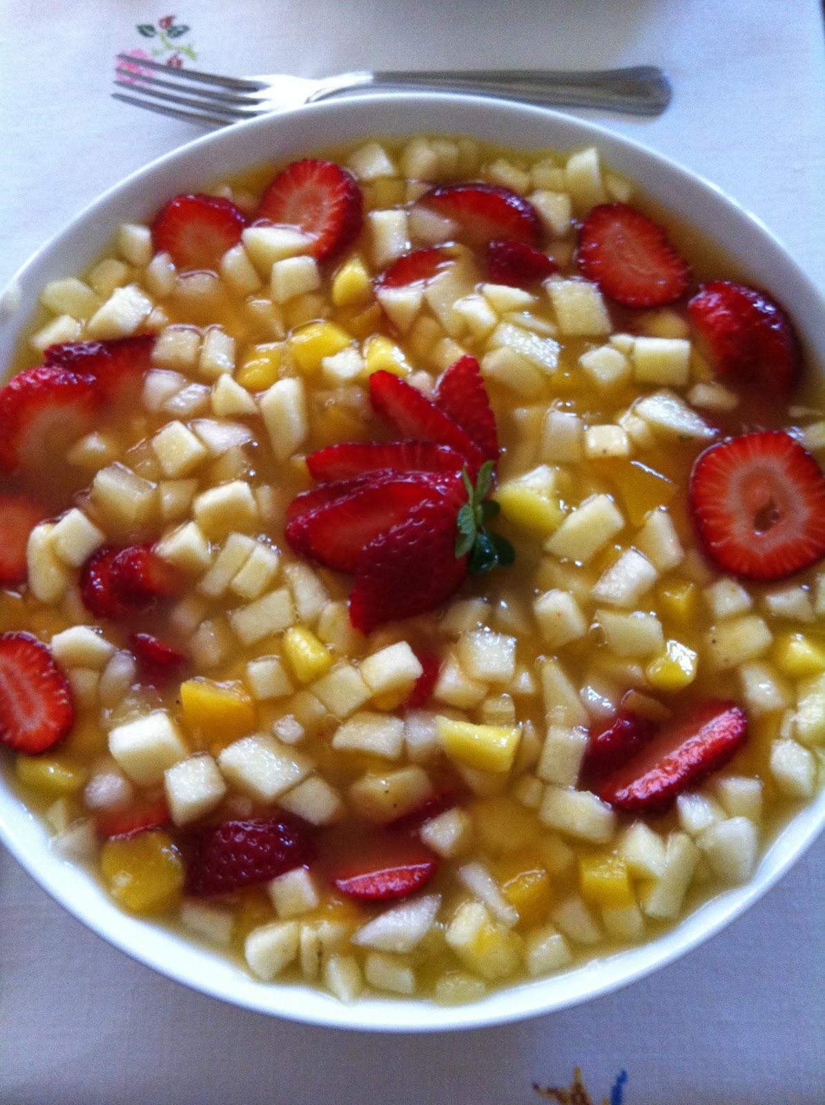 Las recetas de martuka macedonia de ocho frutas - Macedonia de frutas thermomix ...