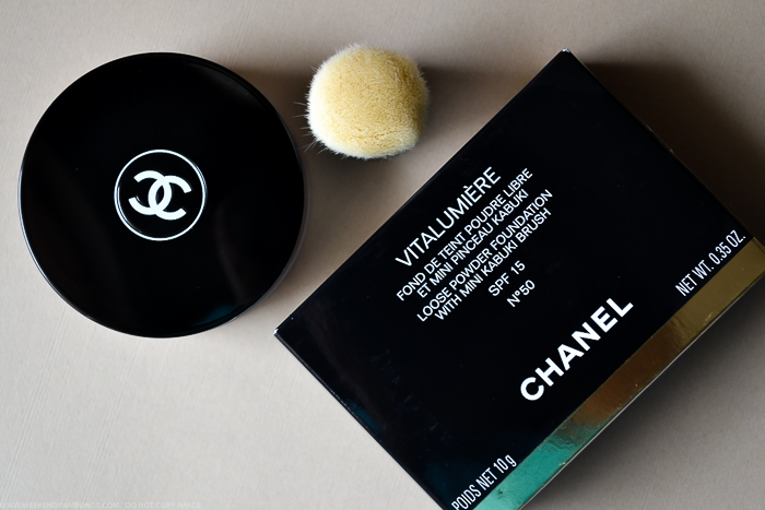 Chanel Vitalumiere Loose Powder Mini Kabuki Brush SPF 15 Review Photos Swatches FOTD Indian Beauty Makeup Blog