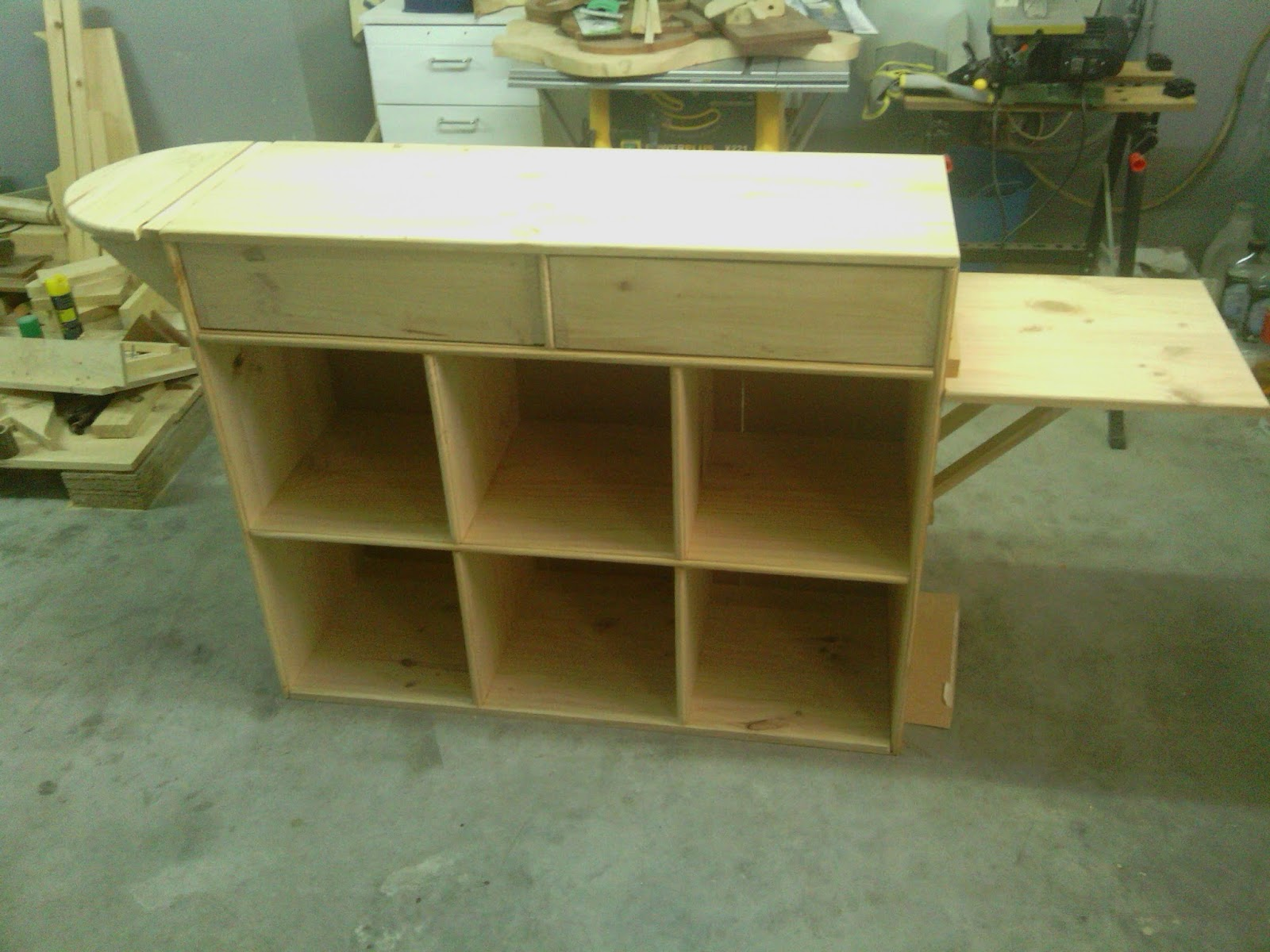 Armarios con tabla de planchar incorporada trendy mueble for Mueble planchador ikea