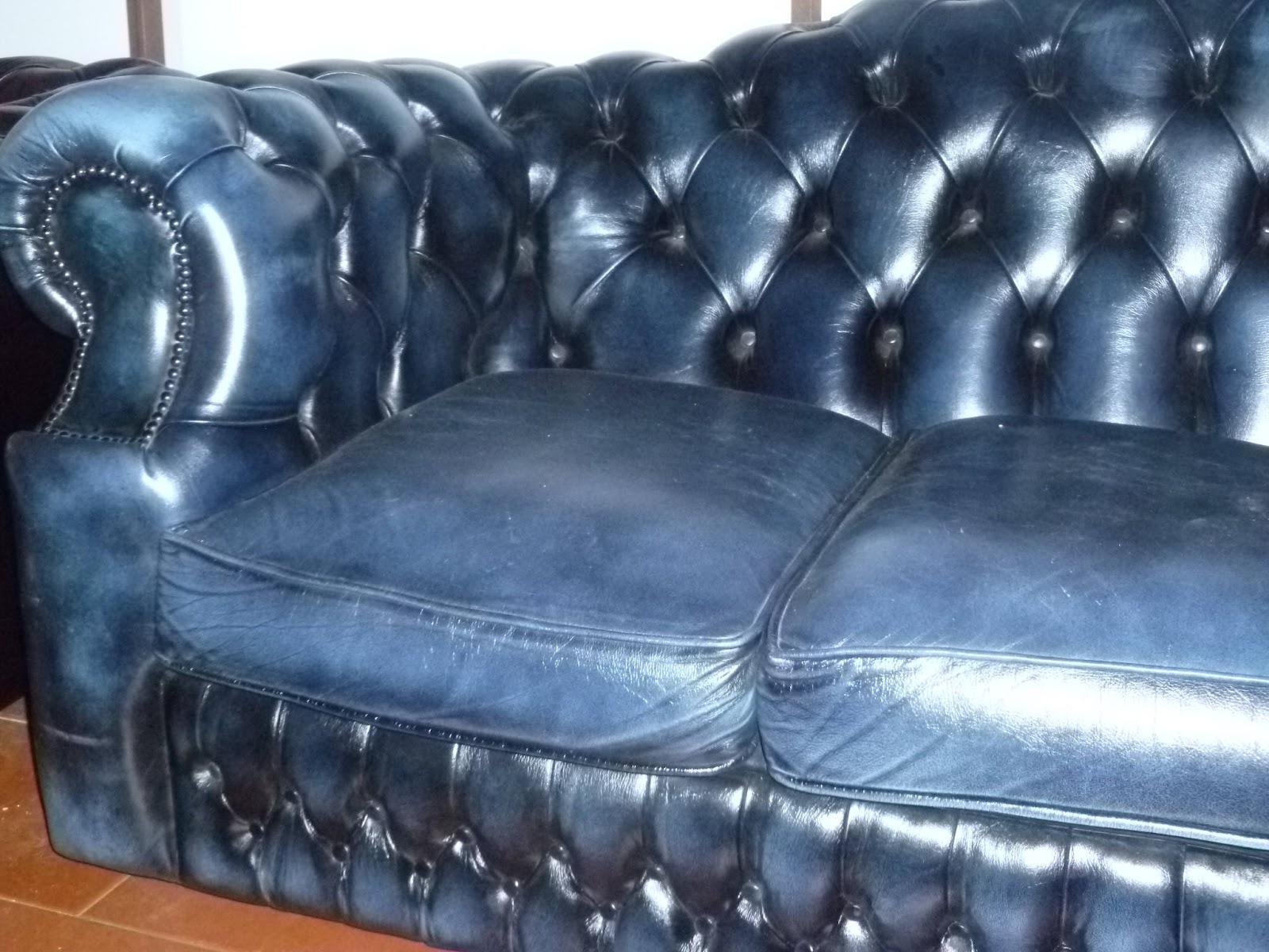 Antique shop by catia divano chester in pelle blu con for Divano 8 posti pelle
