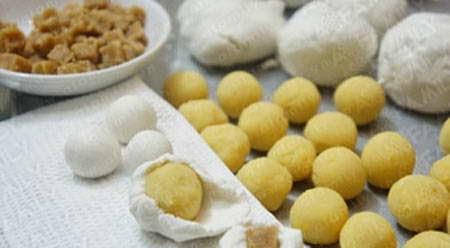 Rice Balls Sweet Soup (Chè Trôi Nước)