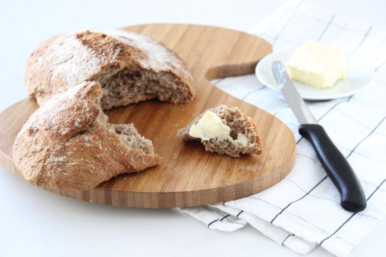 Die besten Vollweizen Ciabatta Brote die ich je gebacken habe, das Rezept gibt es auf dem Südtiroler Foodblog kebo homing, Foodstyling und Fotografie