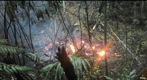 Berita Terkini Helikopter Terhempas Di Semenyih 4 April 2015
