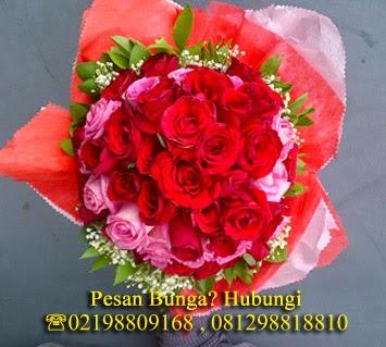 Handbouquet mawar untuk kekasih, bunga mawar indah untuk pacar, toko bunga di jakarta utara, toko bunga di pantai indah kapuk