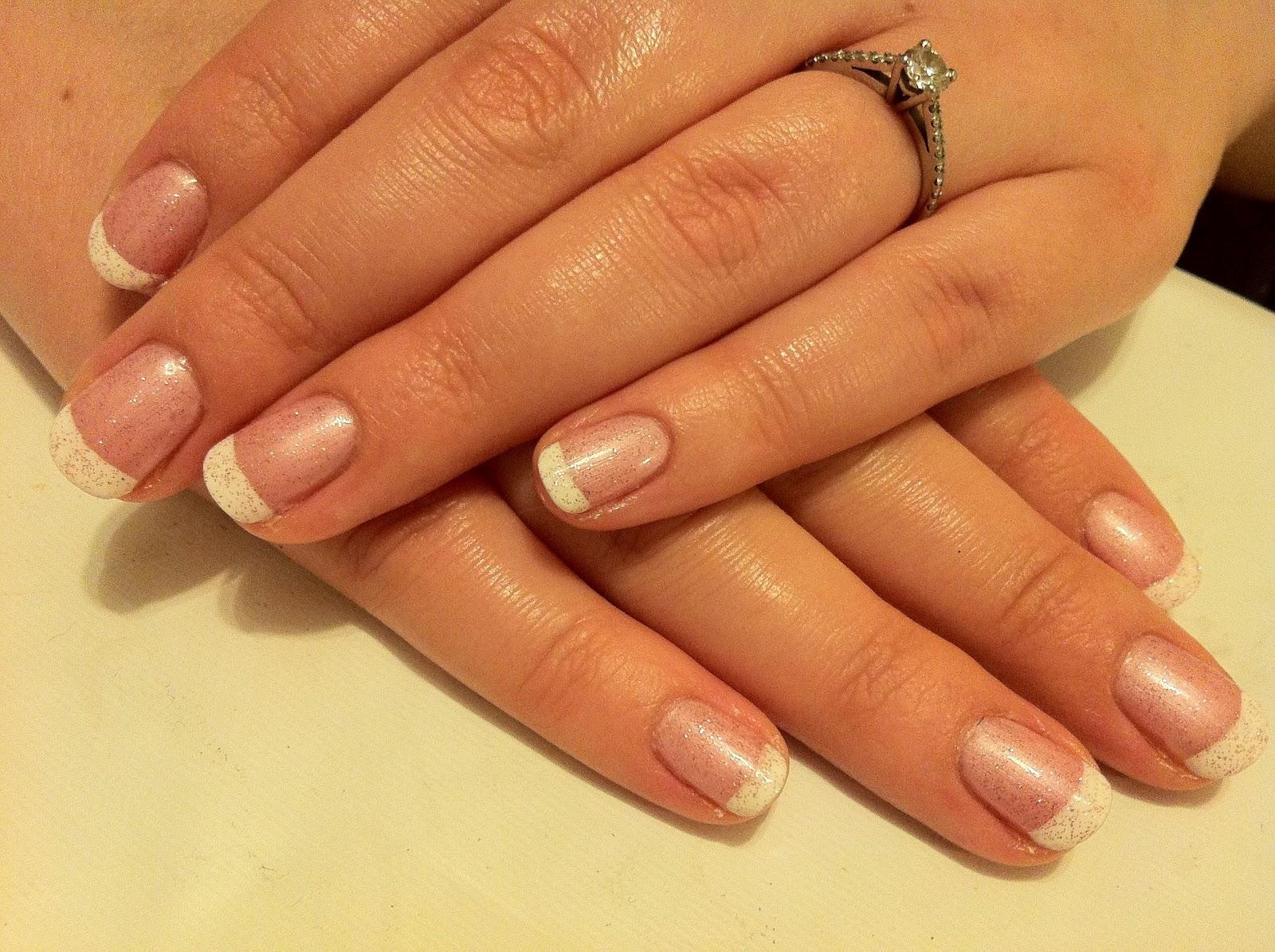 Shellac Glitter French Manicure