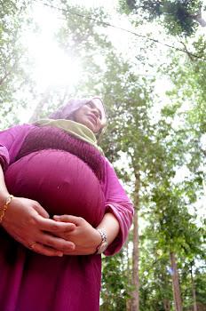 .:I'M PREGNANT:.