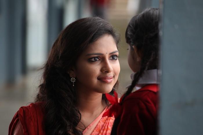 Deiva Thirumagan  Tamil Movie StillsPicsWallpaper Gallery wallpapers