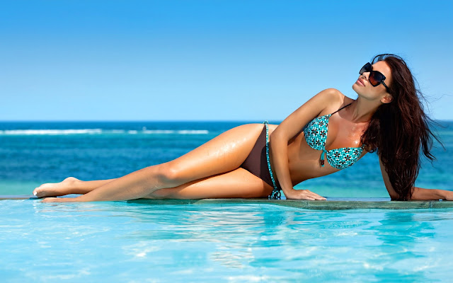 Natalia Siwiec in Bikini