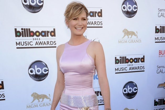 jennifer nettles that girl