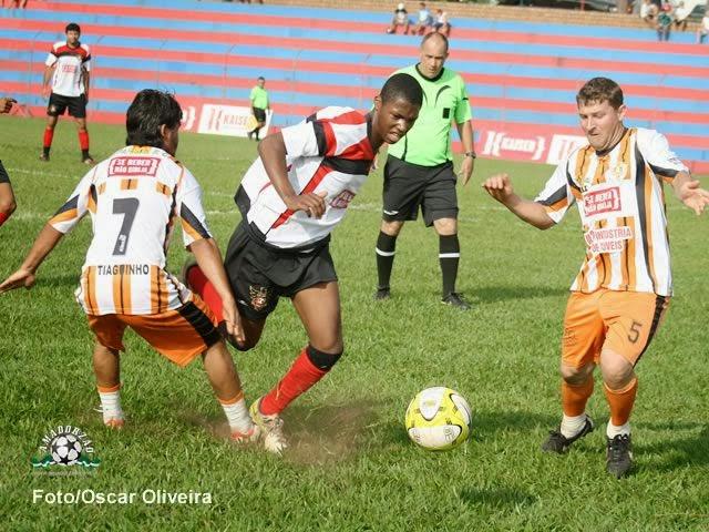 Clube dos Amigos e União Gonzaga são os finalistas na Série B da Copa Kaiser.